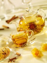 Ceaiul alb Jasmine Blooming Flower este unul dintre cele peste 70 de sortimente servite la Ramayana Cafe.